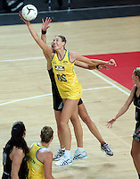 19.09.2013 Silver Ferns Leana de Bruin and Australian Diamonds Caitlin Bassett in action during the Silver Ferns V Australian Diamonds New World Netball Series played at Vector Arena in Auckland. Mandatory Photo Credit ©Michael Bradley.