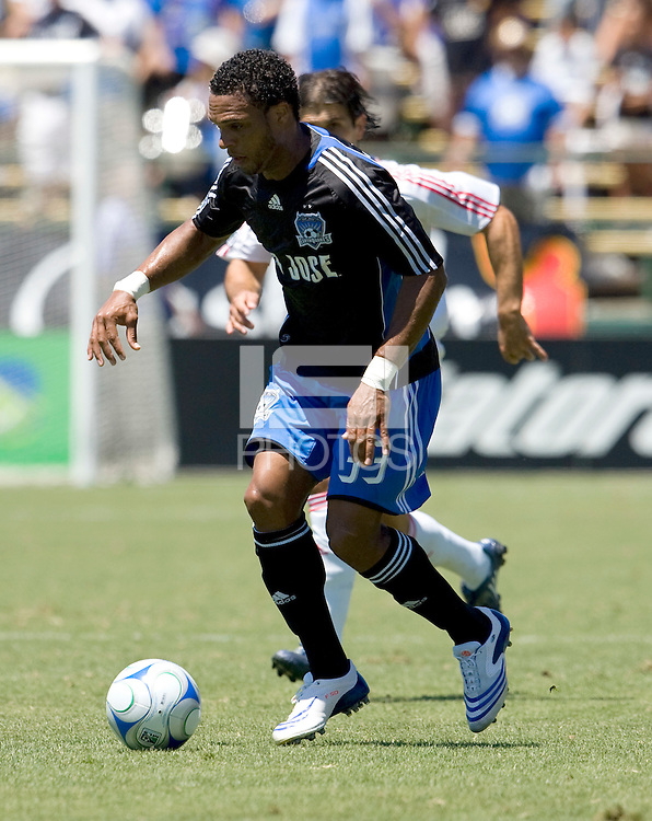 27 July 2008: Scott Sealy of the Earthquakes dribbles the ball during the game against the Red Bulls at Buck Shaw Stadium in Santa Clara, California.   San Jose Earthquakes tied New York Red Bulls, 1-1.