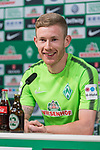 10.05.2018, Weserstadion, Bremen, GER, 1.FBL, Pressekonferenz Werder Bremen, <br /> <br /> im Bild<br /> Florian Kainz (Werder Bremen #07), <br /> <br /> Foto &copy; nordphoto / Ewert