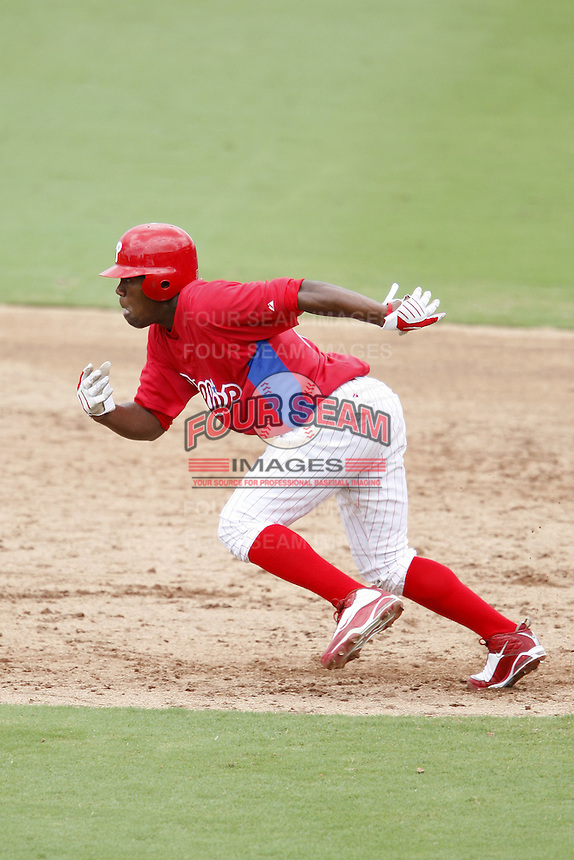 July 10, 2009:  Outfielder Miguel Alvarez (55) of the GCL Phillies during a game at Bright House Networks Field in Clearwater, FL.  The GCL Phillies are the Gulf Coast Rookie League affiliate of the Philadelphia Phillies.  Photo By Mike Janes/Four Seam Images