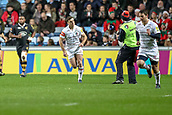 2nd December 2017, Rioch Arena, Coventry, England; Aviva Premiership rugby, Wasps versus Leicester; George Ford of Leicester Tigers successfully kicks the conversion and throws the kicking tee