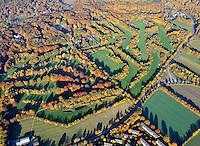 Golfplatz Wentorf Reinbek: EUROPA, DEUTSCHLAND, SCHLESWIG- HOLSTEIN, WENTORF (GERMANY), 30.10.2009: Golfplatz, Wentorf-Reinbek, Golf Club, WRGC, Deutscher Golf Verband - Aufwind-Luftbilder - Stichworte: Deutschland, Schleswig, Holstein, Wentdorf, Ansicht, Golf, Golfplatz, golfen, Sport, Golfsport, Herbst, Indian Summer, Rasen, Golfrasen, Panoramablick, Stadt, Luftbild, Draufsicht, Luftaufnahme, Luftansicht, Luftblick, Flugaufnahme, Flugbild, Vogelperspektive,  Uebersicht, Luftbild, Luftaufnahme, Luftansicht, Aufwind-Luftbilder, .c o p y r i g h t : A U F W I N D - L U F T B I L D E R . de.G e r t r u d - B a e u m e r - S t i e g 1 0 2, 2 1 0 3 5 H a m b u r g , G e r m a n y P h o n e + 4 9 (0) 1 7 1 - 6 8 6 6 0 6 9 E m a i l H w e i 1 @ a o l . c o m w w w . a u f w i n d - l u f t b i l d e r . d e.K o n t o : P o s t b a n k H a m b u r g .B l z : 2 0 0 1 0 0 2 0  K o n t o : 5 8 3 6 5 7 2 0 9.V e r o e f f e n t l i c h u n g n u r m i t H o n o r a r n a c h M F M, N a m e n s n e n n u n g u n d B e l e g e x e m p l a r !.