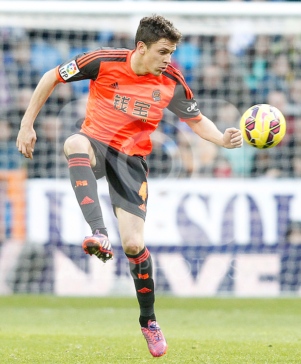 Real Sociedad's Gorka Elustondo during La Liga match.January 31,2015. (ALTERPHOTOS/Acero)
