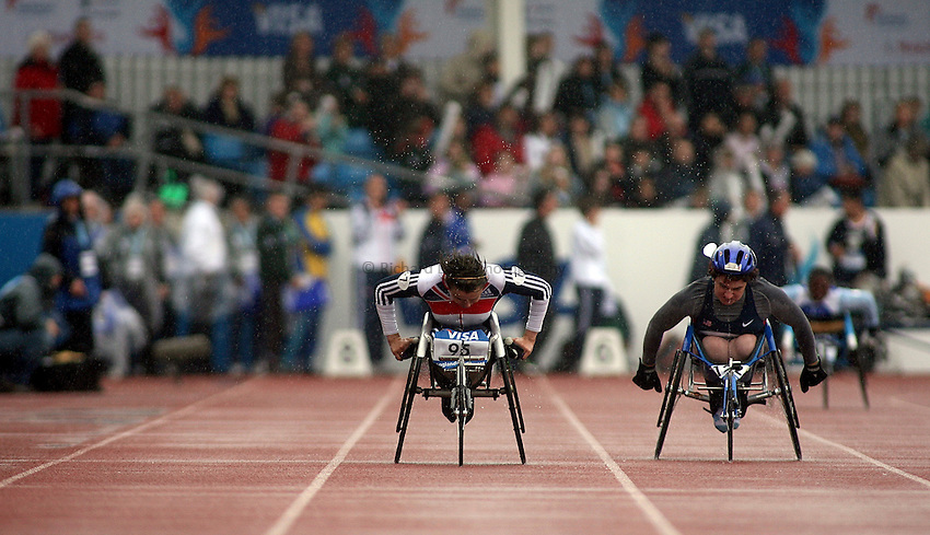 Photo: Paul Thomas..VISA Paralympic World Cup 2007. Athletics. 13/05/2007...Dame Tanni Grey-Thompson (lt) of Great Britain finishes her last race before retirement with Lean Sagmeister of USA (rt).