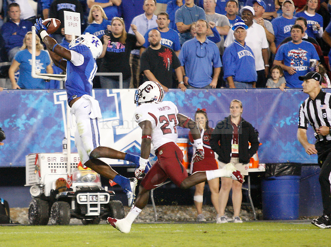 Kentucky Wildcats wide receiver La'Rod King (16) attempts to catch a pass in the endzone at the University of Kentucky football vs.  South Carolina at Commonwealth Stadium in Lexington, Ky., on Saturday, September 29, 2012. Photo by Tessa Lighty | Staff