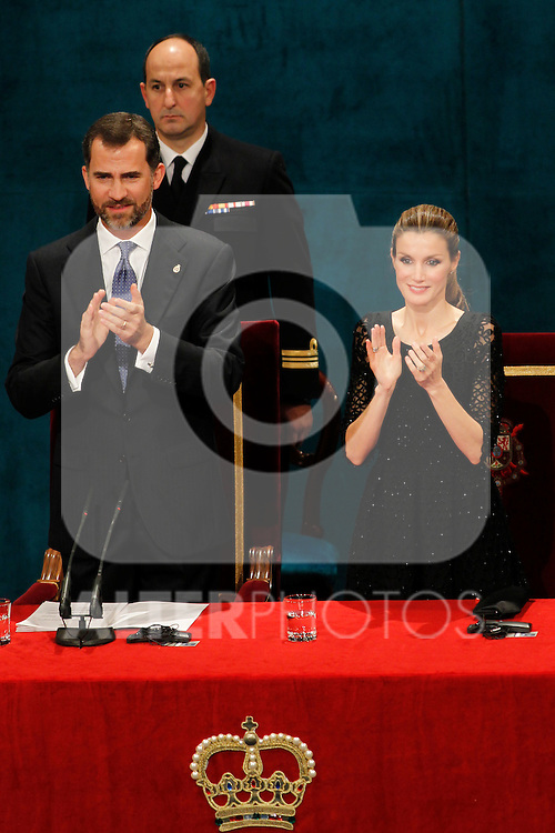 OVIEDO, Spain (22/10/2010).-  Campoamor Princess Letizia and Prince Felipe attended the Prince of Asturias awards 2010 ceremony at the 'Campoamor' Theater in Oviedo, Spain..Photo: POOL / Chema Clares  / ALFAQUI