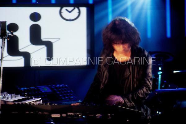 Showcase for Jean Michel Jarre's album Teo & Tea in the Alfacam studios, Lint (Belgium, 28/03/2007)
