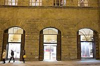 Veduta esterna del negozio di Salvatore Ferragamo a Firenze.<br /> Exterior view of Salvatore Ferragamo store in Florence.<br /> UPDATE IMAGES PRESS/Riccardo De Luca