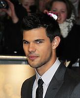 Taylor Lautner The Twilight Saga: Breaking Dawn Part 1 UK Premiere, Westfield Startford City, London, UK. 16 November 2011. Contact rich@pictured.com +44 07941 079620 (Picture by Richard Goldschmidt)