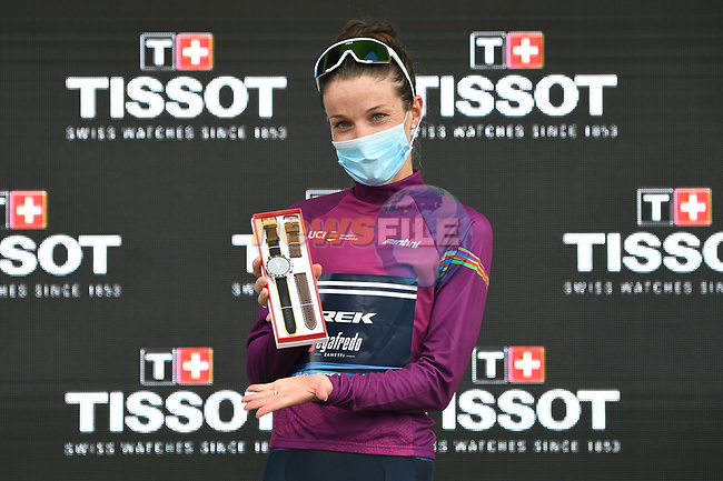 Elizabeth Deignan (GBR) Trek-Segafredo wins La Course By Le Tour de France 2020 and now leads the Women's World Tour, running 96km from Nice to Nice, France. 29th August 2020.<br /> Picture: ASO/Alex Broadway   Cyclefile<br /> All photos usage must carry mandatory copyright credit (© Cyclefile   ASO/Alex Broadway)