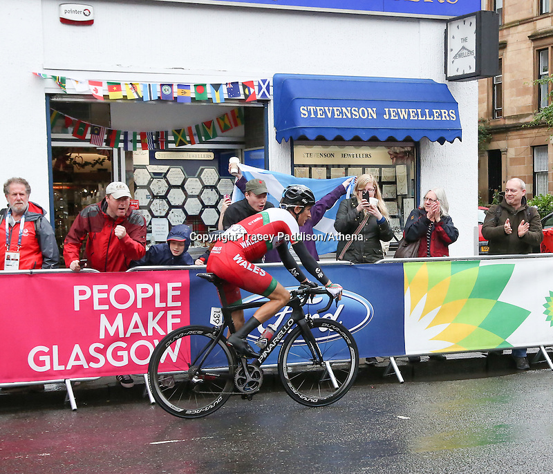 Sunday 3rd August 2014<br /> Pictured: Geraint Thomas <br /> RE: Welsh cyclist Geraint Thomas cycling at the Glasgow Commonwealth Games, Men's Road Race, Byres Road, Glasgow, Scotland