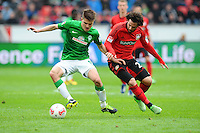 FUSSBALL   1. BUNDESLIGA   SAISON 2012/2013    31. SPIELTAG Bayer 04 Leverkusen - SV Werder Bremen                  27.04.2013 Aleksandar Ignjovski (li, SV Werder Bremen) gegen Gonzalo Castro (re, Bayer 04 Leverkusen)