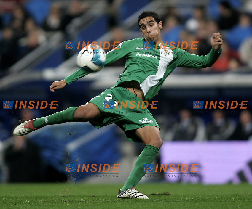 Real Betis's Juande Prados during the Spanish League match between Real Madrid and Real Betis at Santiago Bernabeu Stadium  in Madrid, Saturday February 17 2007. (INSIDE/ALTERPHOTOS/B.echavarri).
