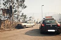 ROSCIANO (PE) 15/06/2012 - INCEDIO DOLOSO A ROSCIANO IN PROVINCIA DI PESCARA. INTERO PAESE SOTTO LA MORSO DELLE FIAMME, OLTRE 70 FAMIGLIE FATTE SGOMBERARE. VIGILI DEL FUOCO IN PIENA EMERGENZA PER SPEGNER LE FIAMME.  FOTO DI LORETO ADAMO