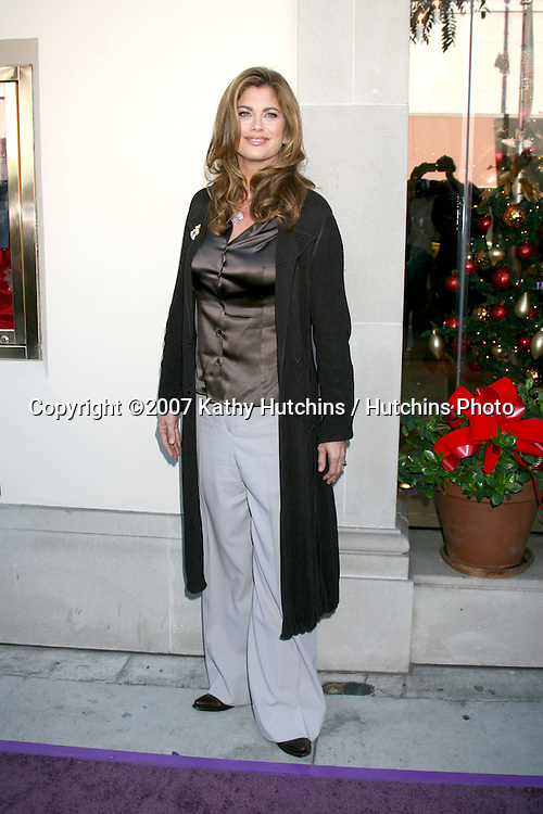 "Kathy Ireland arrives at Geary's where.Elizabeth Taylor makes a Public Appearance to promote her ""House of Taylor"" and ""Elizabeth"" lines of jewelry.Geary's.Beverly Hills, CA.November 10, 2007.©2007 Kathy Hutchins / Hutchins Photo...               ."