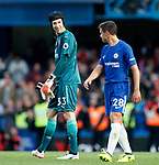 Arsenal's Peter Cech speaks with Chelsea's Cesar Azpilicueta at the final whistle during the premier league match at Stamford Bridge Stadium, London. Picture date 17th September 2017. Picture credit should read: David Klein/Sportimage