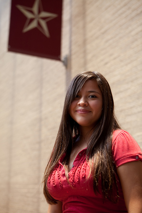 Raven Duran, 16-yrs, of El Paso, Texas. Heloise talks to students at the Honors Summer Math Camp at Texas State University in San Marcos, Texas about living away from home.  July 14, 2009.