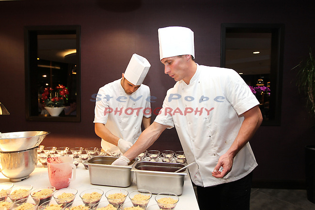 Ty Hafan Celebrity Chef.Nathan Cleverly & Simon Jones.Maldron Hotel.26.09.12.©Steve Pope