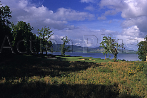 View of Loch Lomond Golf Course in Dunbartonshire, Scotland, showing the 5th hole. Photo: Brian Morgan/actionplus...courses general view views scene scenery spectacular club clubs Scottish landscape venue fifth fairway 2960