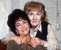 Elizabeth Taylor and Maureen Stapleton 1981<br /> Photo By Adam Scull/PHOTOlink.net /MediaPunch