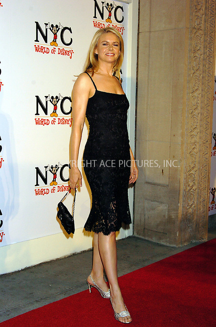 WWW.ACEPIXS.COM . . . . .  ....NEW YORK, OCTOBER 4, 2004....Faith Ford attending the grand opening of the World of Disney Flagship Store.....Please byline: AJ Sokalner - ACE PICTURES..... *** ***..Ace Pictures, Inc:  ..Alecsey Boldeskul (646) 267-6913 ..Philip Vaughan (646) 769-0430..e-mail: info@acepixs.com..web: http://www.acepixs.com