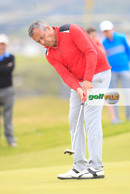 Pat Murray (Limerick) on the 1st green during Matchplay Round 4 of the South of Ireland Amateur Open Championship at LaHinch Golf Club on Saturday 25th July 2015.<br /> Picture:  Golffile | TJ Caffrey