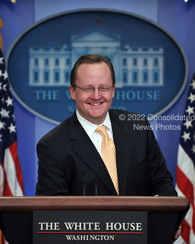 Washington, DC - January 30, 2009 -- White House Press Secretary Robert Gibbs conducts his daily press briefing in the Brady Briefing Room of the White House in Washington, DC on Friday, January 30, 2009..Credit: Ron Sachs / CNP