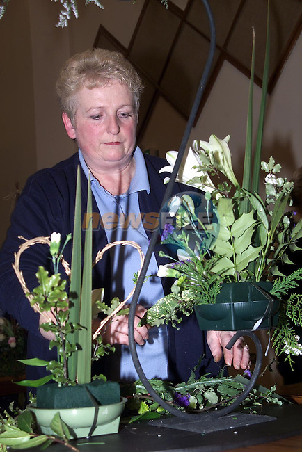 Marian McCormack from Ardee at the ICA Flower Arranging in the Ardee Day Care Centre..Picture Paul Mohan Newsfile