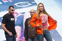 LAS VEGAS, NEVADA, ESTADOS UNIDOS. 27.12.2013. PESAGEM UFC 168. A campeã dos pesos galo do UFC, Ronda Rousey,  durante pesagem para o UFC 168 na tarde desta sexta feira no MGM Grand Arena, na cidade de Las Vegas, Estados Unidos. (Foto: Adriana Spaca/Brazil Photo Press)