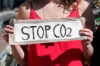 Nederland  Amsterdam - 2019. Extinction Rebellion protest. Stop CO2.   Berlinda van Dam / Hollandse Hoogte