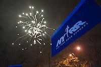 NEW YORK - MANHATTAN 01/01/2013 - CAPODANNO A NEW YORK. NELLA FOTO A CENTRAL PARK SI è CORSA LA MIDNIGHT RUN ORGANIZZATA DALLA NEW YORK ROAD RUNNERS - GLI ORGANIZZATORI DELLA NY CITY MARHATON - DURANTE LA GARA TUTTA CENTRAL PARK è STATA ILLUMINATA DAI FUOCHI PIROTECNICI.FOTO DILORETO ADAMO