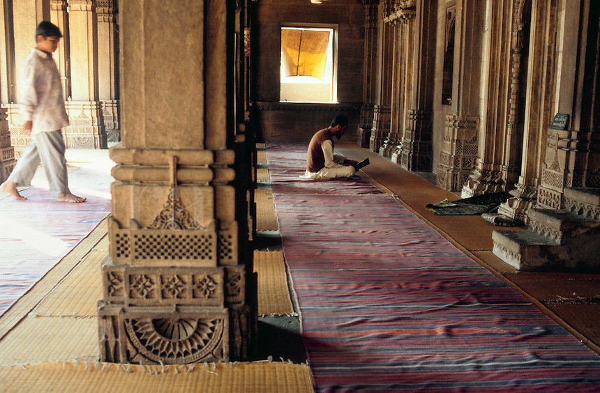 Worshippers at prayer in the Rani Sipri (Sabrai) mosque. Ahmedabad, India.