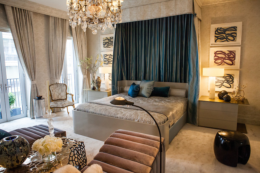 The Kips Bay Decorator Show House invited twenty one designers and architects to transform a luxury Manhattan townhouse for a benefit to the Kips Bay Boys &amp; Girls Club. <br /> <br /> Pictured, design by Drake/Anderson<br /> <br /> <br /> Danny Ghitis for The New York Times
