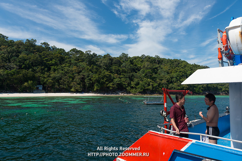Pulau Payar island and Chinese tourists
