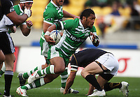 Manawatu's Johnny Leota makes a break. Air NZ Cup - Wellington Lions v Manawatu Turbos at Westpac Stadium, Wellington, New Zealand. Saturday 3 October 2009. Photo: Dave Lintott / lintottphoto.co.nz