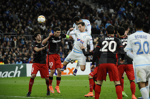 18.02.2016. Marseille, France. UEFA Europa league football. Marseille versus Athletic Bilbao.  Thauvin (OM) challenged for the header by Óscar de Marcos