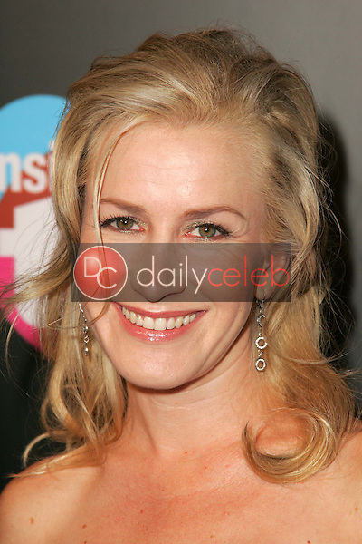 Angela Kinsey<br />at the TV Guide and Inside TV Emmy Awards After Party. Hollywood Roosevelt Hotel, Hollywood, CA 09-18-05<br />Dave Edwards/DailyCeleb.Com 818-249-4998