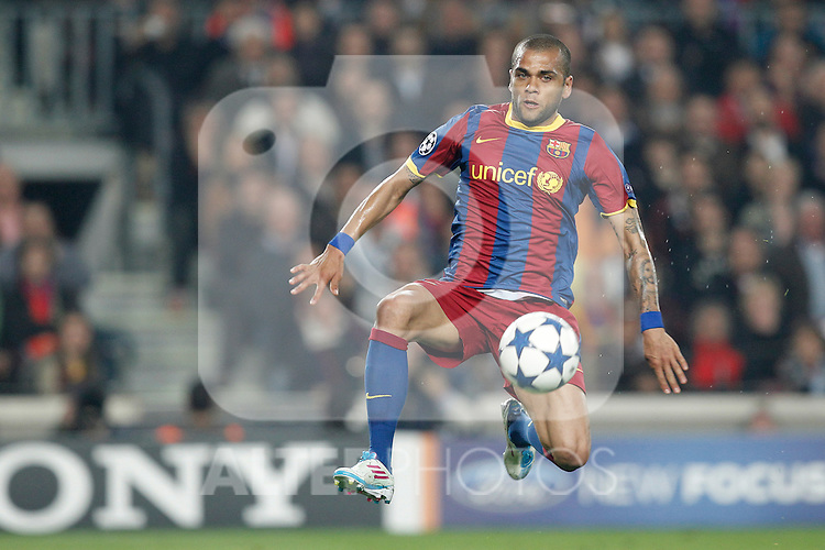 Barcelona's Daniel Alves during Champions League match on April, 6th 2011...Photo: Acero / Cebolla / ALFAQUI