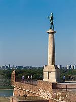 K&ouml;nigstor, Ravelin, Statue Pobednik - Der Sieger, Festung,  Belgrad, Serbien, Europa<br /> Kings Gate, Statue of the Victor Pobednik  in the fortress Kalemegdan,  Belgrade, Serbia, Europe