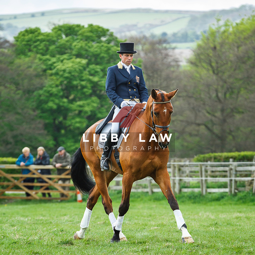 AUS-Sam Griffiths. 2013 GBR-Chatsworth International Horse Trials. Friday 10 May. Copyright Photo: Libby Law Photography