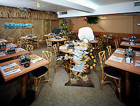 Sambos Pancake House, Restaurant interior with the Sambo mascot