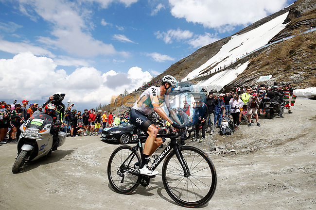 Chris Froome (GBR) Team Sky attacks 80km out on the Colle delle Finestre during Stage 19 of the 2018 Giro d'Italia, running 185km from Venaria Reale to Bardonecchia featuring the Cima Coppi of this Giro, the highest climb on the Colle delle Finestre with its gravel roads, before finishing on the final climb of the Jafferau, Italy. 25th May 2018.<br /> Picture: LaPresse/POOL Luca Bettini/BettiniPhoto | Cyclefile<br /> <br /> <br /> All photos usage must carry mandatory copyright credit (© Cyclefile | LaPresse/POOL Luca Bettini/BettiniPhoto)