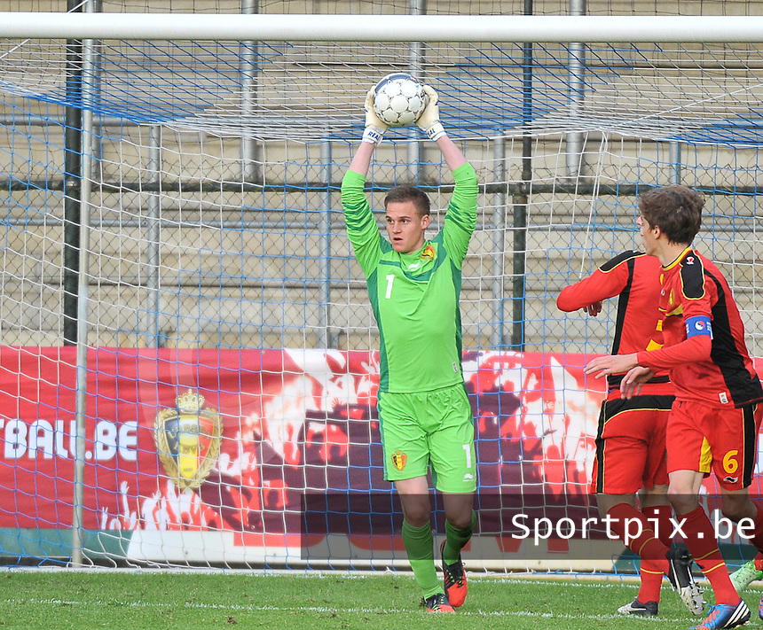 Belgium U19 - England U19 : Sven Dhoest.foto DAVID CATRY / Nikonpro.be