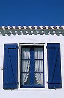 Europe/France/Pays de la Loire/85/Vendée/Ile de Noirmoutier: Détail fenêtre d'un habitat traditionnel