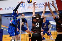 GRONINGEN - Volleybal, Lycurgus - Papendal, Eredivisie,  seizoen 2019-2020, 19-1-2020,  Lycurgus speler Geoffrey van Gent verschalkt het blok