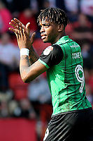 Ivan Toney, scorer of Scunthorpe United's goal applauds the away fans during Charlton Athletic vs Scunthorpe United, Sky Bet EFL League 1 Football at The Valley on 14th April 2018