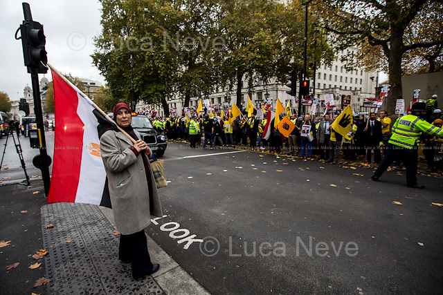 London, 05/11/2015. Protestors and supporters of the President of the Arab Republic of Egypt, Abdel Fattah el-Sisi (commonly known as Sisi), stand outside 10 Downing Street during his first day of visit to the United Kingdom.
