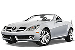 Low aggressive front three quarter view of a 2009 Mercedes SLK Class 350.