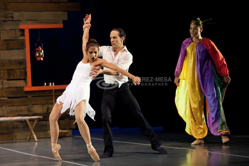 53 Festival de Teatro Puertorriqueño, Ballet de San Juan, 29 de abril de 2012. Piezas: Matices, La Tempestad, Jornada Diaria y La Bruja de Loiza.