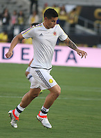 PASADENA - UNITED STATES, 07-06-2016: James Rodriguez jugador de Colombia (COL) calienta previo al encuentro del grupo A, fecha 2, con Paraguay (PAR) por la Copa América Centenario USA 2016 jugado en el estadio Rose Bowl en Pasadena, California, USA. /  James Rodriguez player of Colombia (COL) warm up prior a match of the group A date 2 against Paraguay (PAR)  for the Copa América Centenario USA 2016 played at Rose Bowl stadium in Pasadena, California, USA. Photo: VizzorImage/ Luis Alvarez /Str